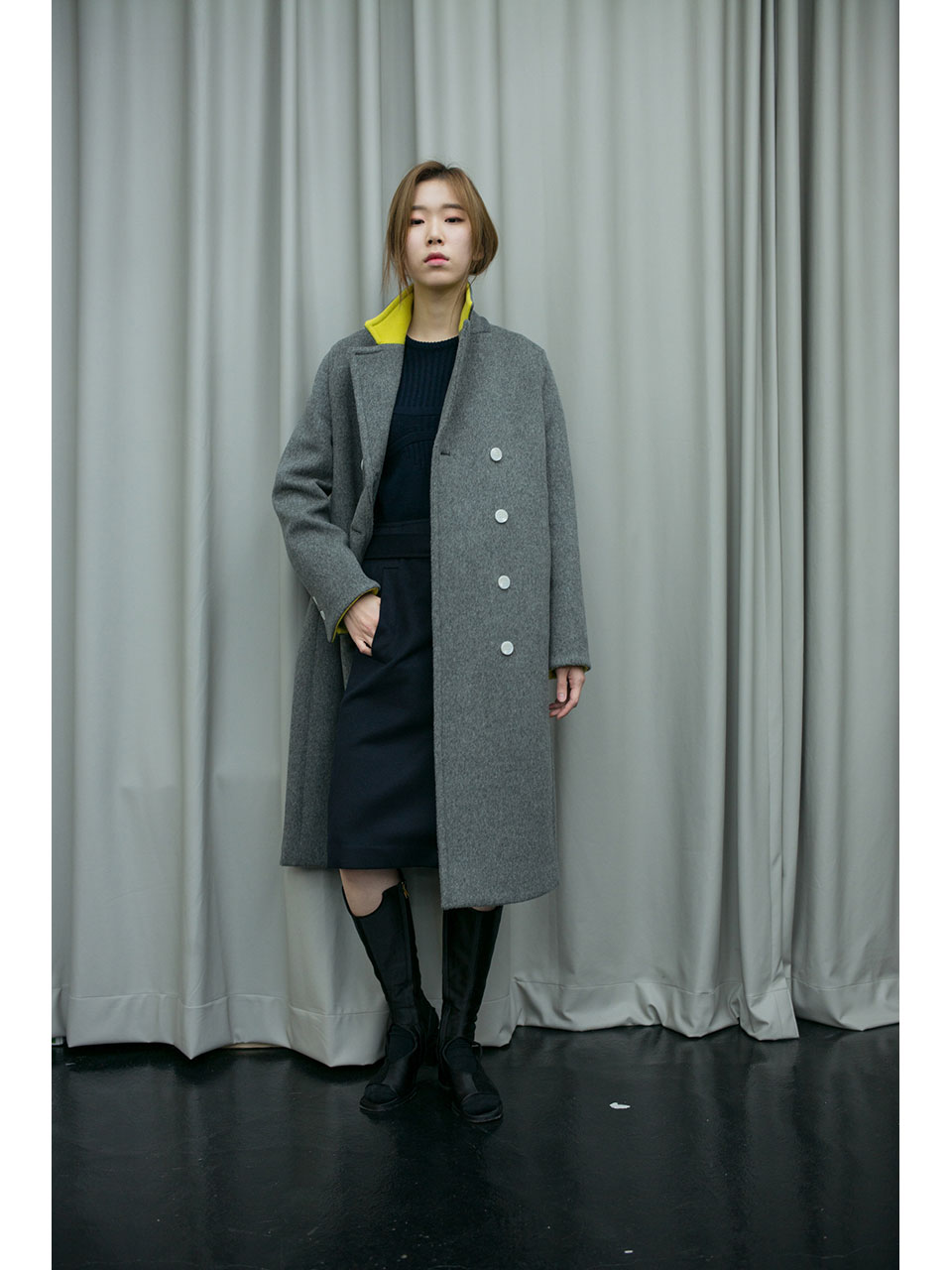 SIGNATURE LONG COAT - GREY