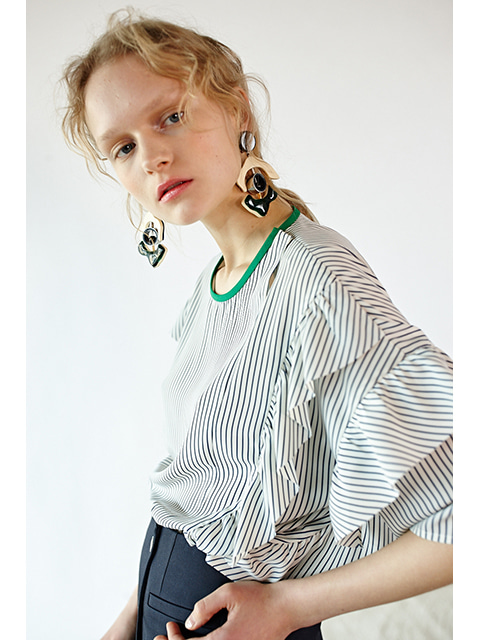 RUFFLE BLOUSE -BLUE STRIPE