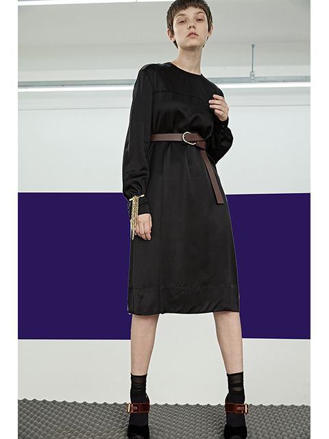 FLUID DRESS - BLACK