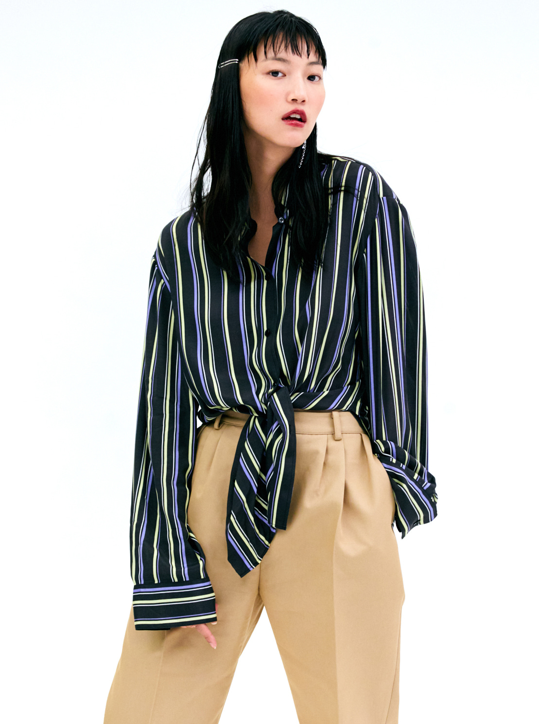 STRIPE OVER-FIT BLOUSE - BLACK