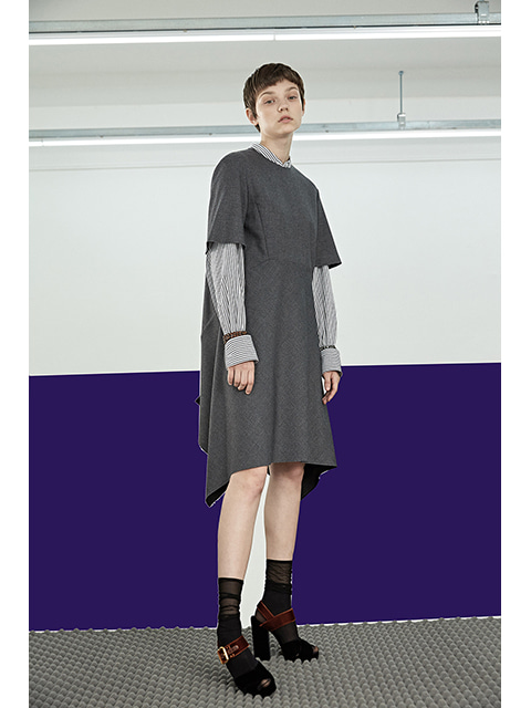 CUTTING LINE DRESS - GREY