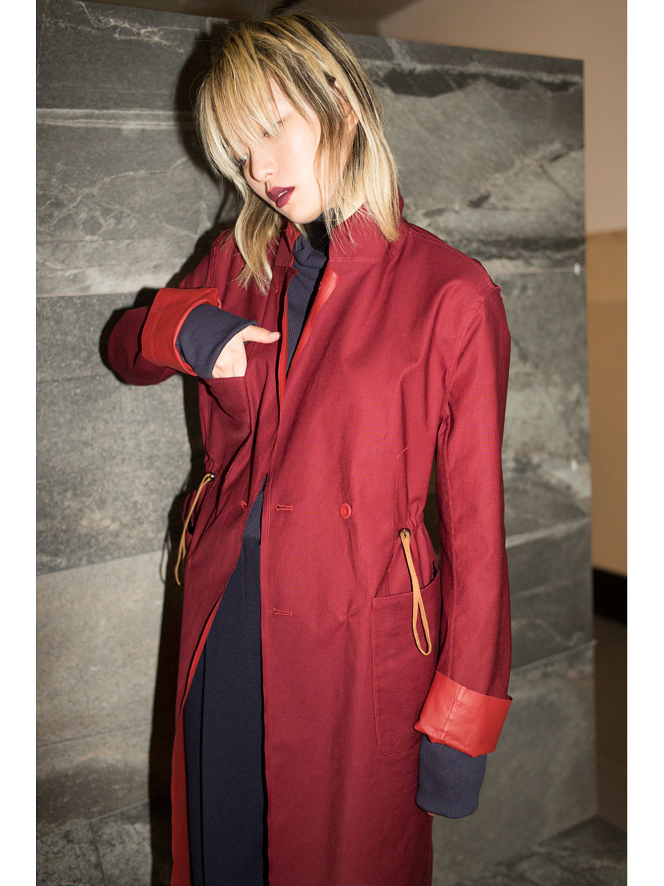 REVERSIBLE COAT -WINE